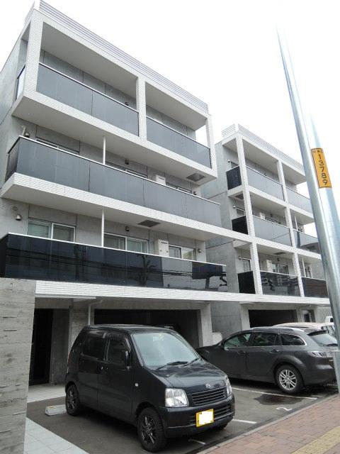 北海道札幌市中央区、桑園駅徒歩6分の築4年 4階建の賃貸マンション