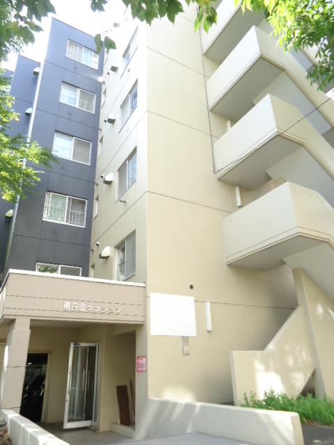 北海道札幌市中央区、円山公園駅徒歩5分の築29年 6階建の賃貸マンション