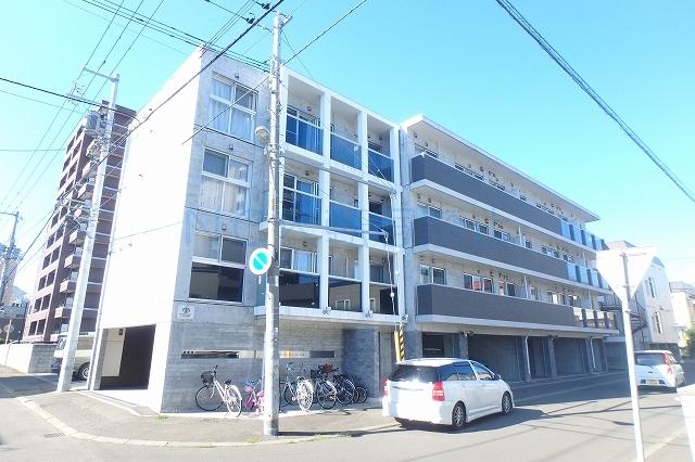 北海道札幌市西区、琴似駅徒歩12分の築5年 4階建の賃貸マンション