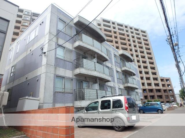 北海道札幌市西区、宮の沢駅徒歩10分の築15年 3階建の賃貸マンション