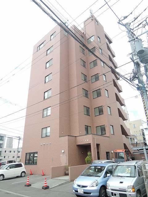 北海道札幌市西区、琴似駅徒歩16分の築18年 8階建の賃貸マンション