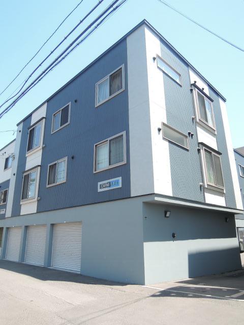 北海道札幌市中央区、桑園駅徒歩12分の築8年 3階建の賃貸アパート