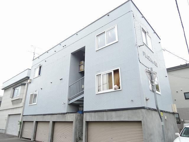 北海道札幌市中央区、桑園駅徒歩15分の築23年 3階建の賃貸アパート