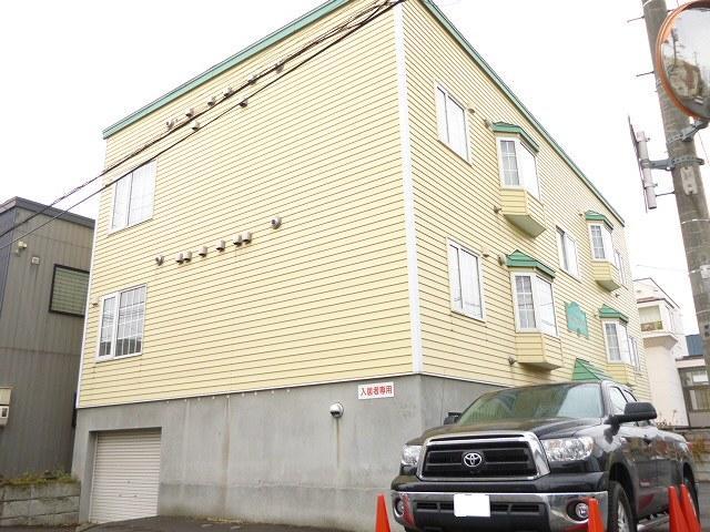 北海道札幌市西区、発寒中央駅徒歩8分の築15年 2階建の賃貸アパート