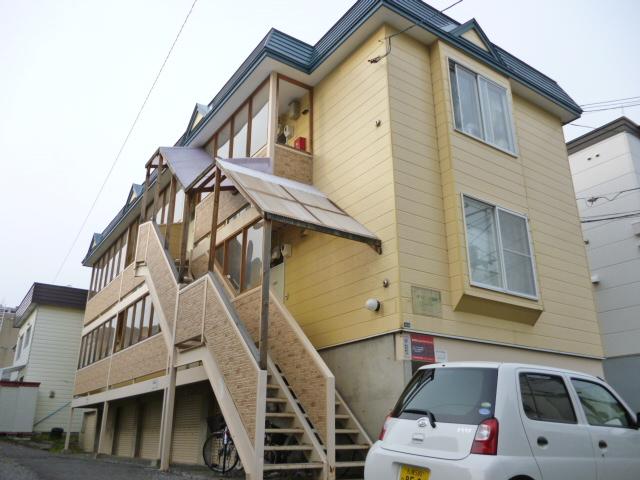 北海道札幌市西区、琴似駅徒歩16分の築23年 3階建の賃貸アパート