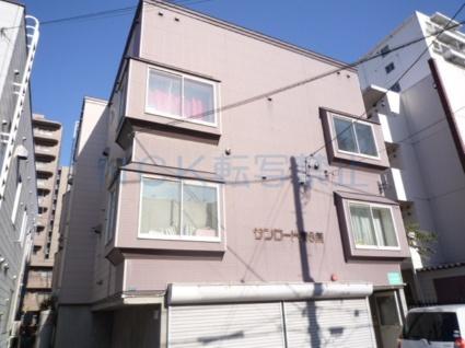 北海道札幌市中央区、西11丁目駅徒歩7分の築19年 3階建の賃貸アパート