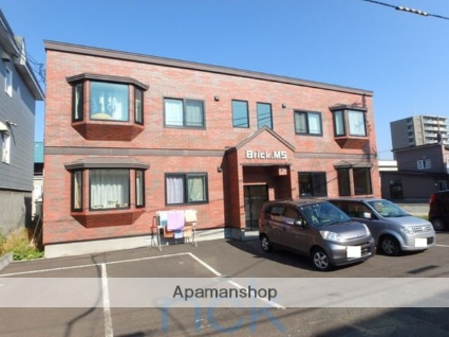 北海道札幌市西区、発寒南駅徒歩11分の築13年 2階建の賃貸アパート