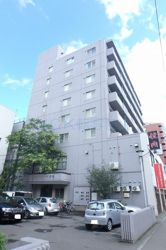 北海道札幌市西区、琴似駅徒歩3分の築29年 8階建の賃貸マンション