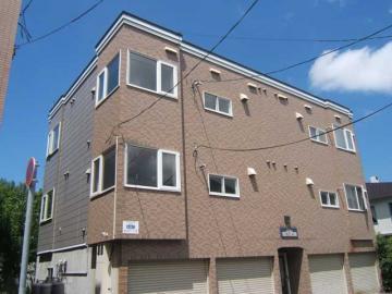 北海道札幌市中央区、桑園駅徒歩14分の築22年 3階建の賃貸アパート