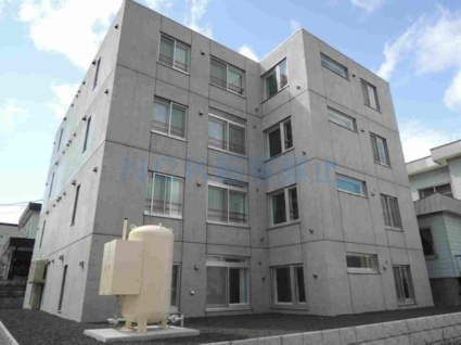 北海道札幌市西区、発寒中央駅徒歩9分の築3年 4階建の賃貸マンション