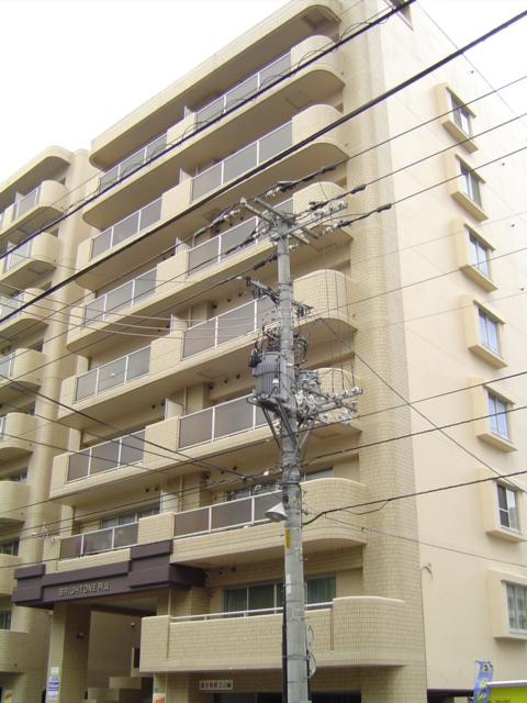 北海道札幌市中央区、西28丁目駅徒歩11分の築26年 9階建の賃貸マンション