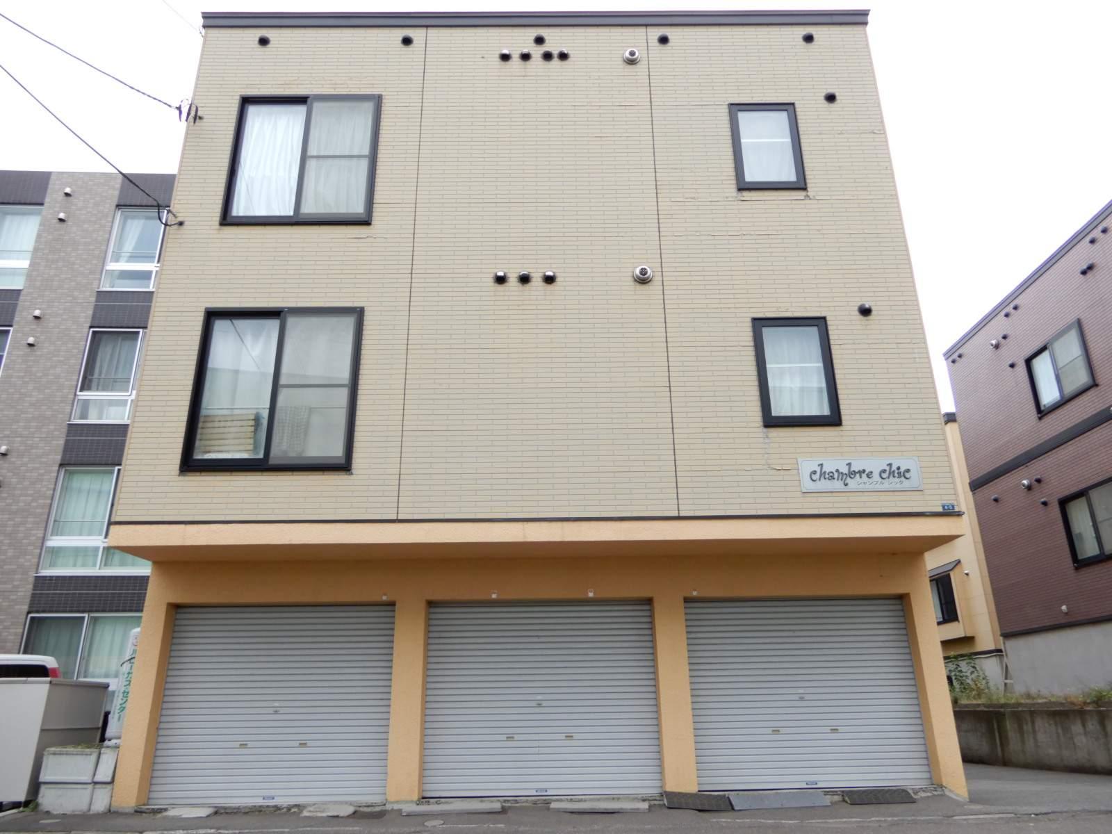 北海道札幌市東区、環状通東駅徒歩6分の築13年 3階建の賃貸アパート