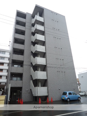 北海道札幌市北区、北18条駅徒歩8分の築16年 8階建の賃貸マンション