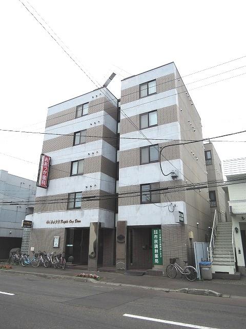 北海道札幌市東区、札幌駅徒歩11分の築28年 5階建の賃貸マンション
