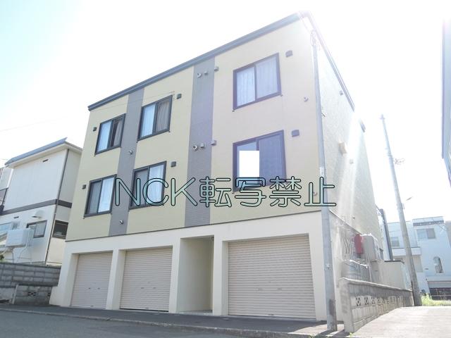 北海道札幌市東区、環状通東駅徒歩2分の築8年 3階建の賃貸アパート