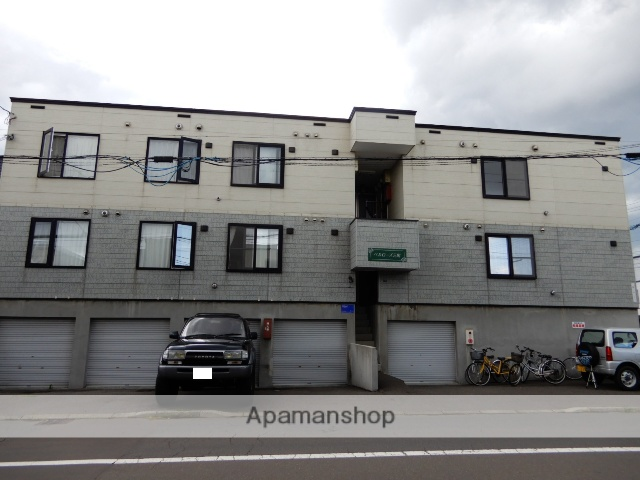 北海道札幌市東区、新道東駅徒歩13分の築15年 3階建の賃貸アパート