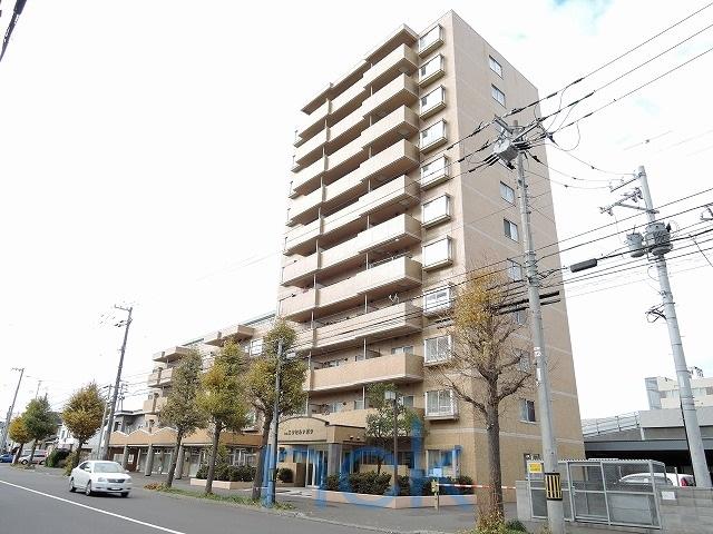 北海道札幌市東区、栄町駅徒歩18分の築27年 11階建の賃貸マンション