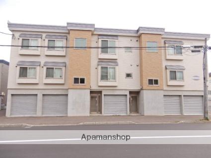 北海道札幌市東区、新道東駅徒歩8分の築6年 3階建の賃貸アパート