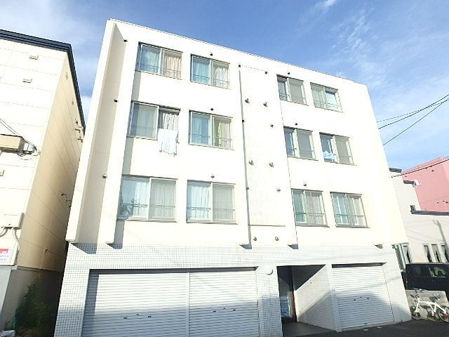 北海道札幌市東区、環状通東駅徒歩9分の築10年 4階建の賃貸マンション