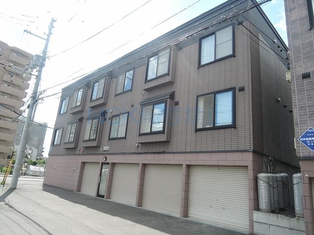 北海道札幌市白石区、菊水駅徒歩14分の築14年 3階建の賃貸アパート