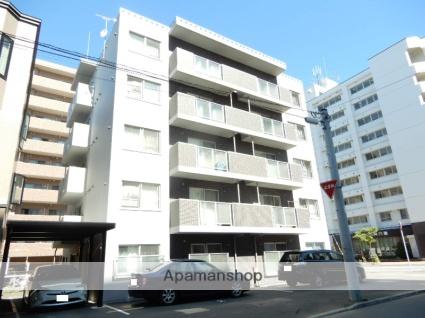 北海道札幌市北区、北24条駅徒歩10分の築3年 5階建の賃貸マンション