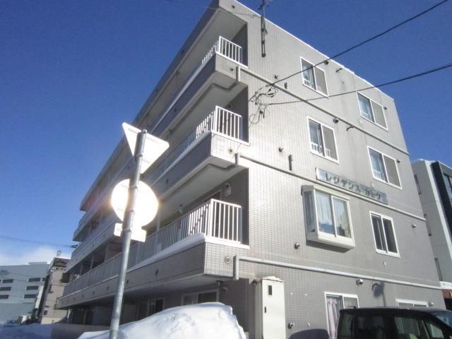 北海道札幌市北区、麻生駅徒歩10分の築23年 4階建の賃貸マンション