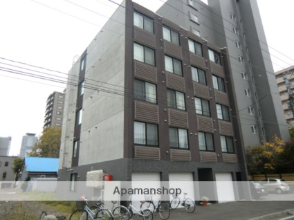 北海道札幌市北区、北18条駅徒歩9分の築7年 5階建の賃貸マンション