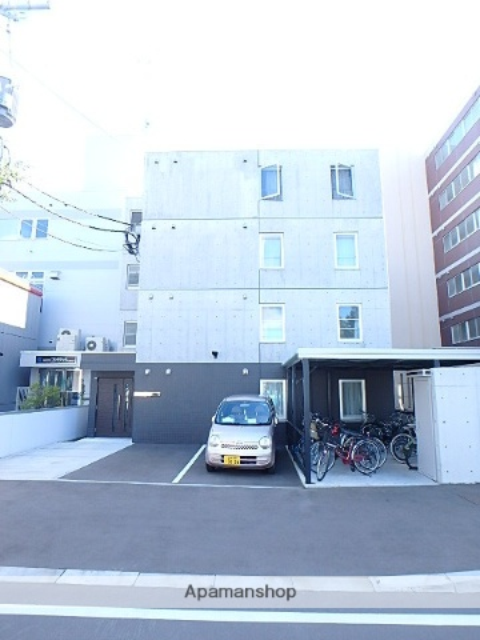 北海道札幌市北区、北24条駅徒歩8分の築5年 4階建の賃貸マンション