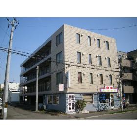 北海道札幌市東区、麻生駅徒歩20分の築34年 4階建の賃貸マンション
