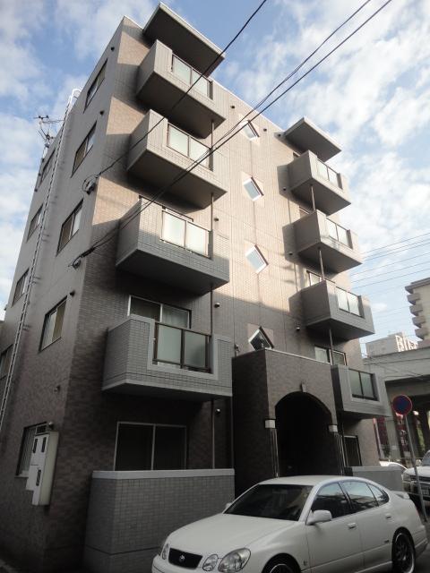 北海道札幌市西区、琴似駅徒歩3分の築17年 5階建の賃貸マンション