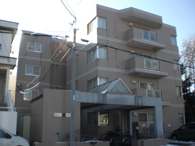 北海道札幌市西区、発寒中央駅徒歩6分の築28年 4階建の賃貸マンション
