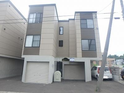 北海道札幌市西区、宮の沢駅徒歩10分の築9年 3階建の賃貸アパート