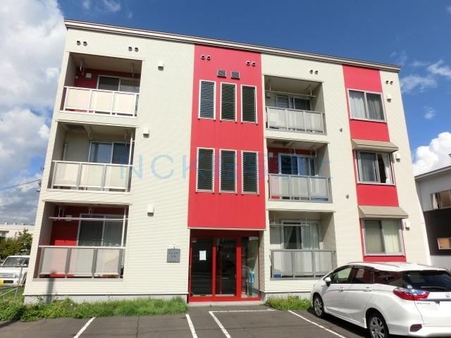 北海道札幌市西区、発寒中央駅徒歩24分の築10年 3階建の賃貸アパート