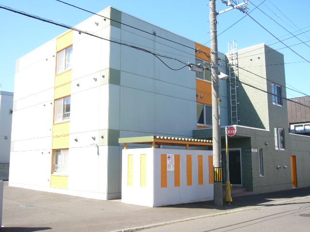 北海道札幌市西区、八軒駅徒歩4分の築14年 3階建の賃貸マンション