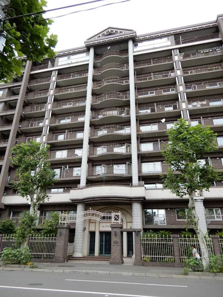 北海道札幌市中央区、山鼻9条駅徒歩5分の築27年 11階建の賃貸マンション