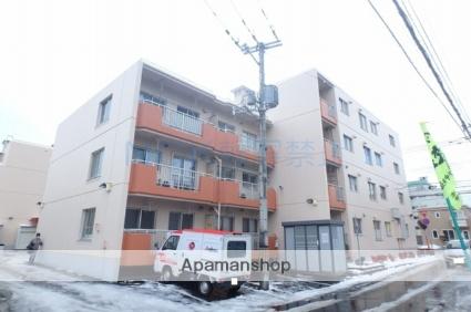 北海道札幌市西区、琴似駅徒歩16分の築38年 4階建の賃貸マンション
