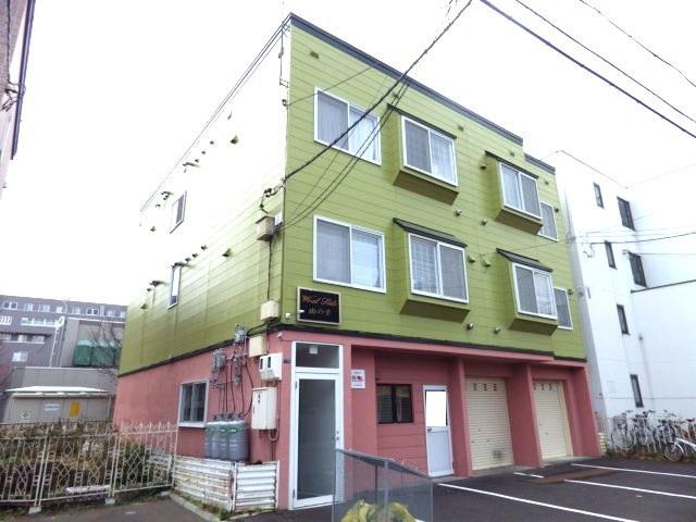 北海道札幌市西区、琴似駅徒歩18分の築22年 3階建の賃貸アパート
