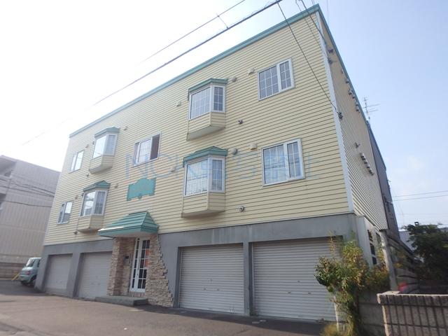 北海道札幌市西区、発寒中央駅徒歩8分の築17年 2階建の賃貸アパート