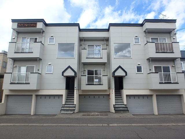 北海道札幌市西区、発寒中央駅徒歩9分の築17年 3階建の賃貸アパート