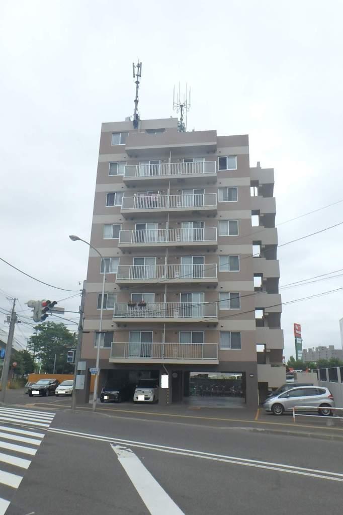 北海道札幌市西区、発寒駅徒歩16分の築9年 8階建の賃貸マンション