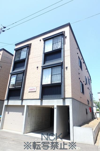 北海道札幌市西区、発寒中央駅徒歩6分の築10年 3階建の賃貸アパート