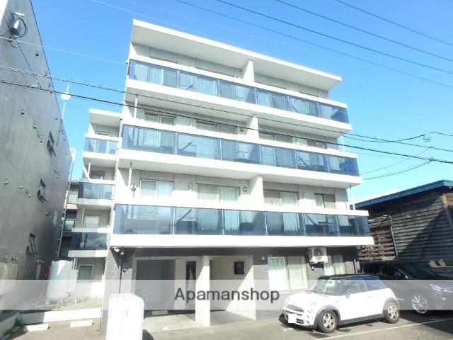 北海道札幌市西区、琴似駅徒歩7分の築1年 4階建の賃貸マンション