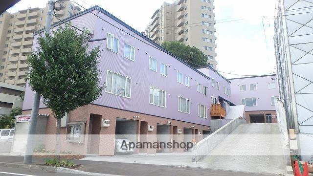 北海道札幌市手稲区、手稲駅徒歩5分の築5年 3階建の賃貸テラスハウス