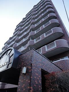 北海道札幌市西区、琴似駅徒歩10分の築26年 11階建の賃貸マンション