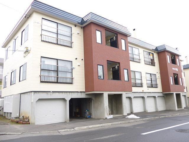 北海道札幌市西区、宮の沢駅JRバスバス20分平和1−5下車後徒歩5分の築26年 3階建の賃貸アパート