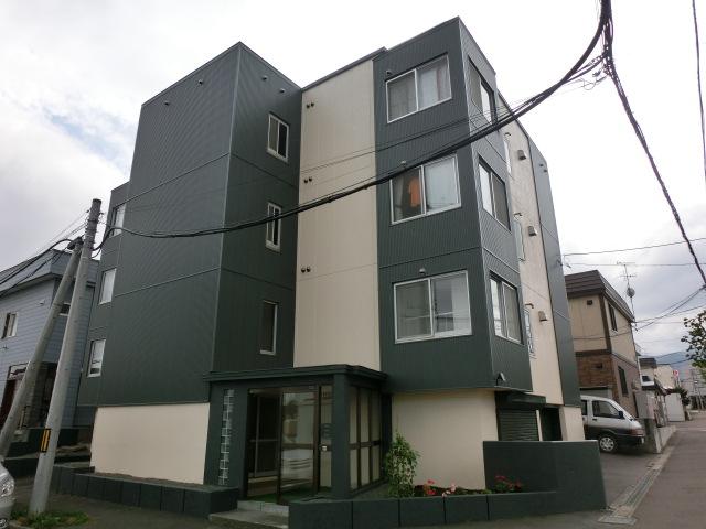 北海道札幌市西区の築31年 4階建の賃貸アパート