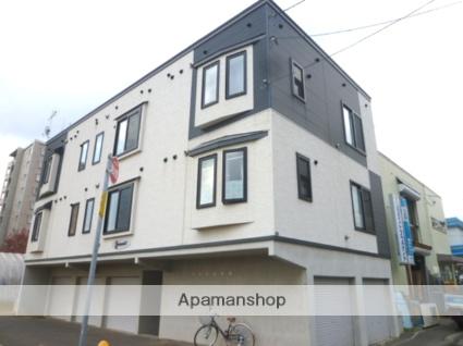 北海道札幌市東区、新道東駅徒歩15分の築11年 3階建の賃貸アパート