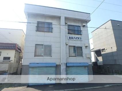 北海道札幌市東区、元町駅徒歩18分の築33年 3階建の賃貸アパート