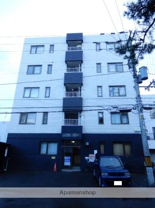 北海道札幌市中央区、中島公園駅徒歩10分の築33年 5階建の賃貸マンション