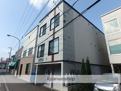 北海道札幌市東区、東区役所前駅徒歩9分の築11年 3階建の賃貸アパート